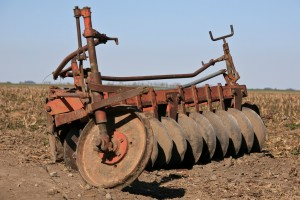 disc plow or disc plough